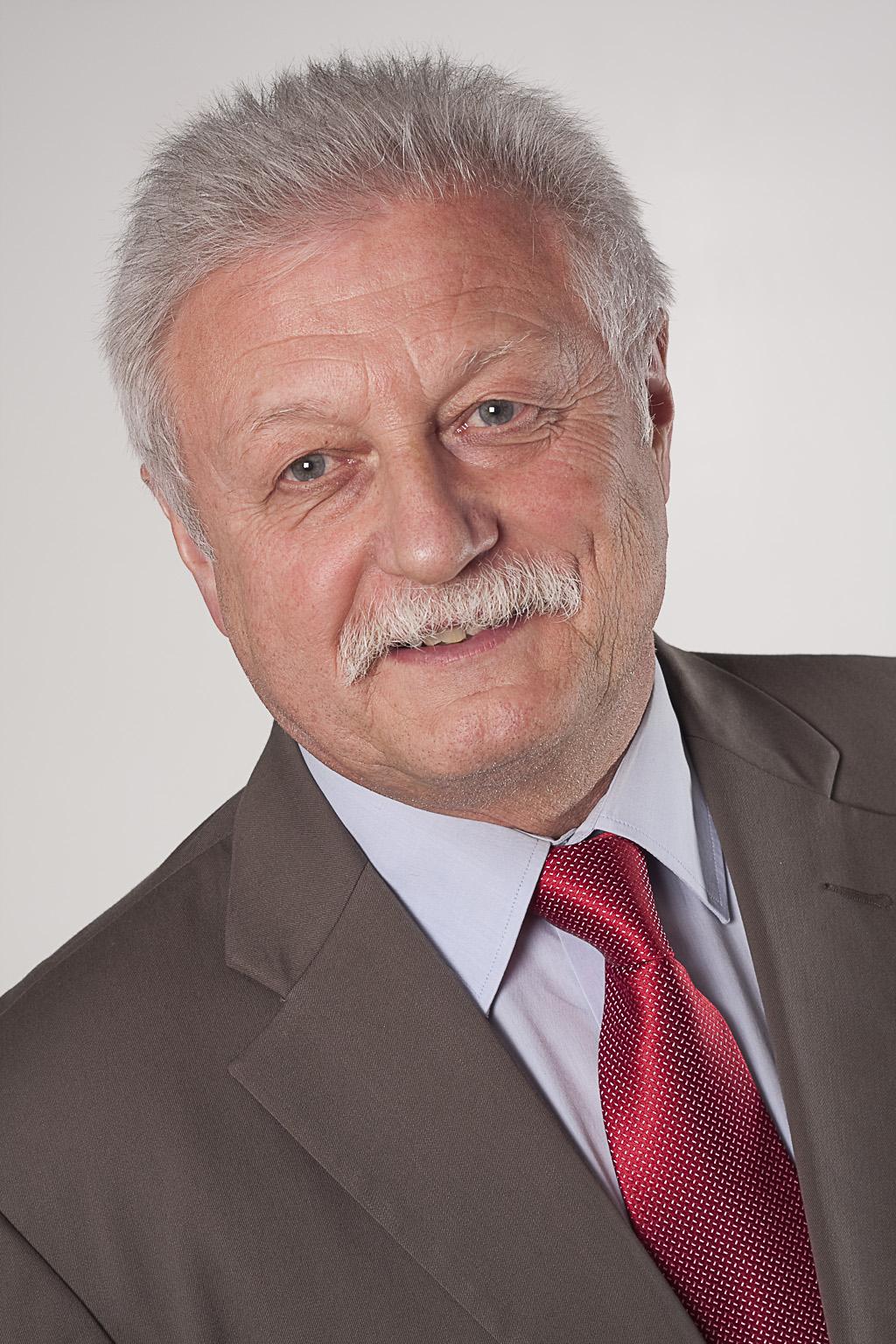 Prof. Dr. Walter Konhäuser